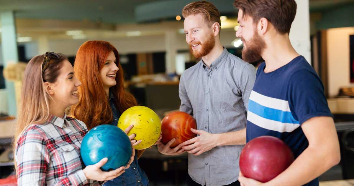 Open bowling  in Grove City, PA, family bowling special packages
